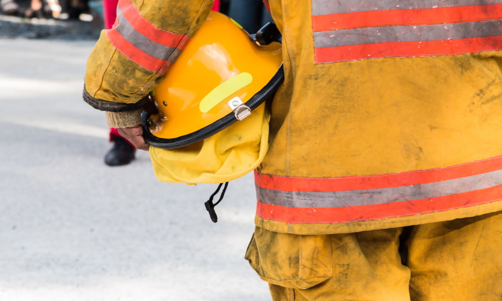 fire in office lease insurance clauses